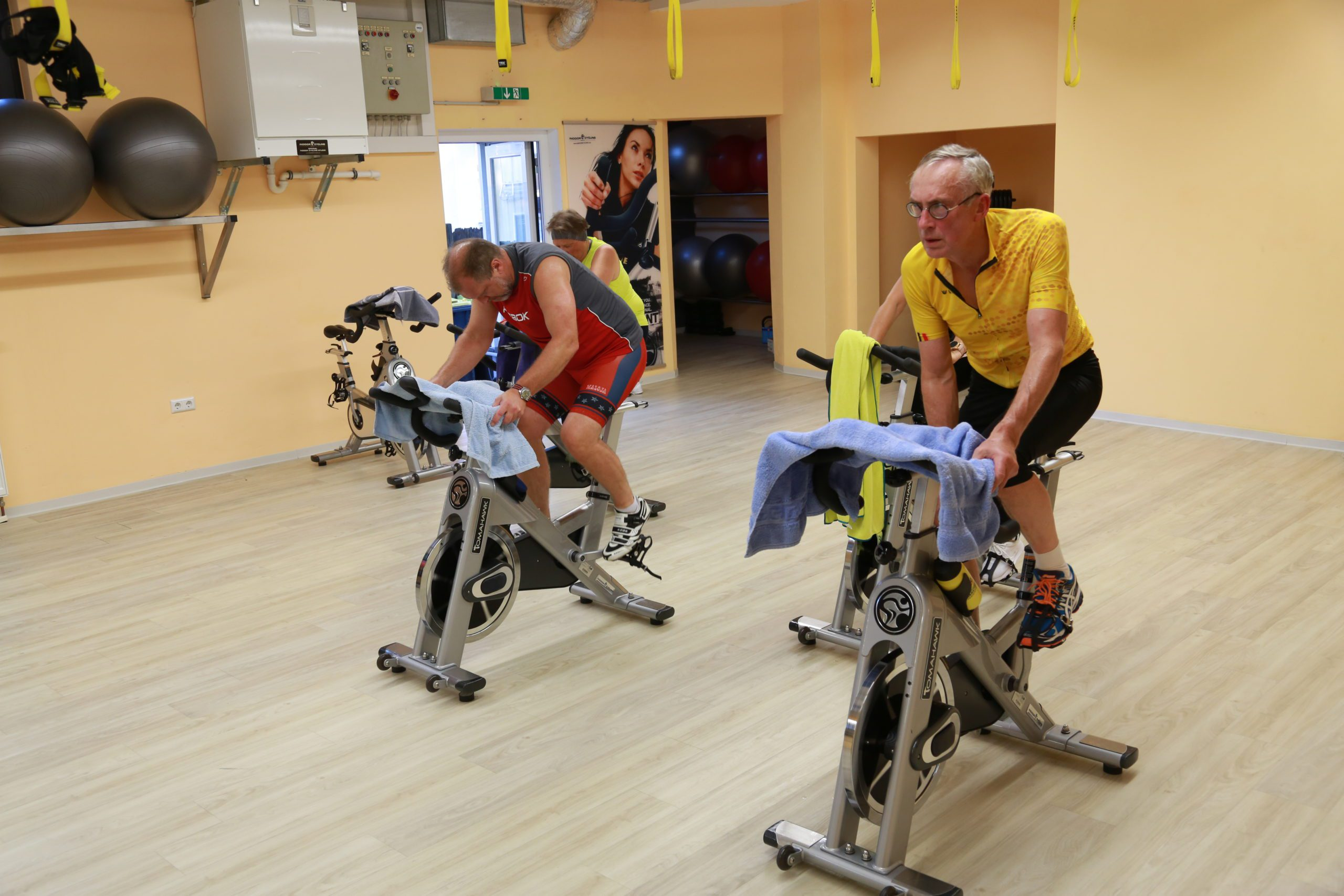 Cycling_im_HK_Fitness_Studio_in_Bad_Honnef